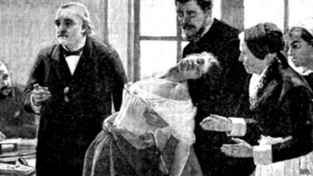 Neurólogo Jean-Martin Charcot demostrando un caso de histeria en 1886