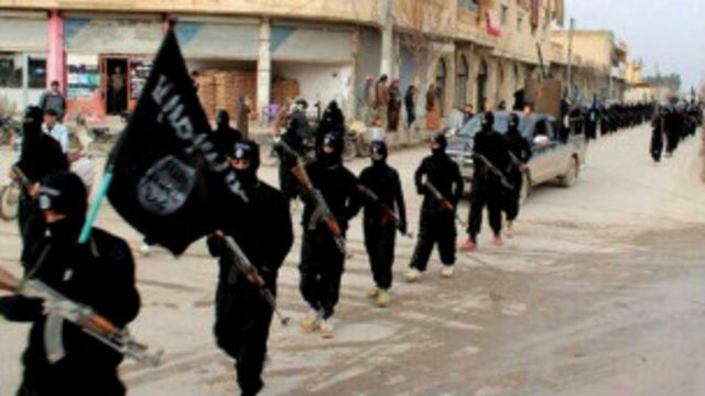 استفاد تنظيم الدول الاسلامية من مواقع التواصل الاجتماعي لتجنيد عناصره بحسب الاندبندنت