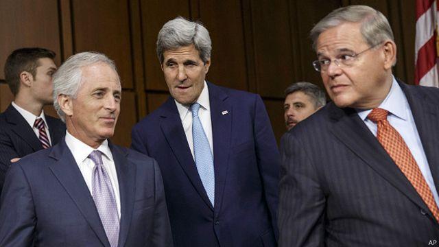 Menéndez, Corker y Kerry