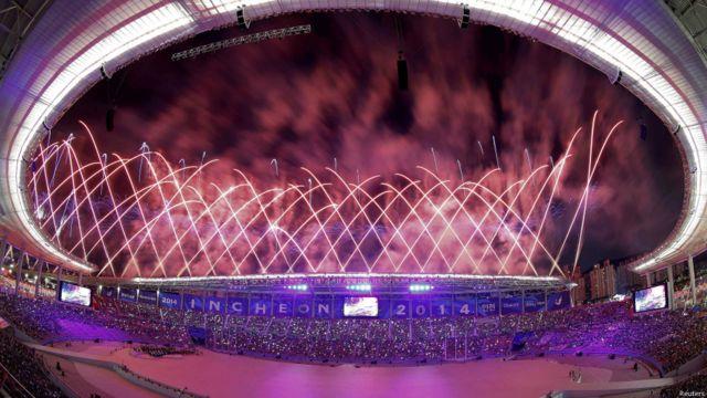 افتتاحیه هفدهمین دوره بازیهای آسیایی در شهر اینچئون کره جنوبی برگزار شد