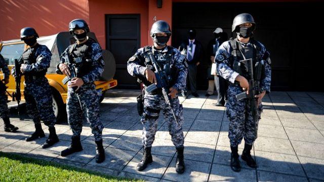 Francisco Flores estuvo dos semanas bajo arresto domiciliario. Foto Getty Images.