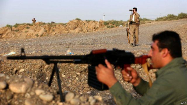 No Iraque, peshmergas fazem o combate no solo, mas na Síria, EUA não possuem aliados assim