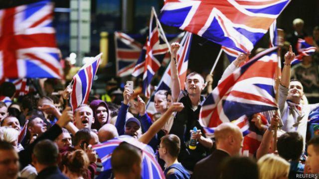Manifestantes pró-Reino Unido em Glasgow