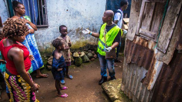 Selon un journaliste de la BBC présent dans la capitale, les populations ont pour la plupart obéi à la consigne de ne pas sortir de chez elles depuis vendredi.