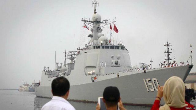 中國海軍第17批亞丁灣護航編隊上周六(20日)停靠伊朗南部阿巴斯港,開始對伊朗進行為期5天的友好訪問。