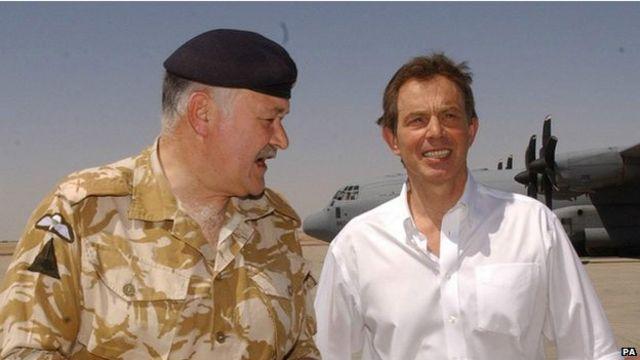 Sebagai PM, peran Blair sangat penting dalam Perang Irak yang menjatuhkan Saddam Hussein.