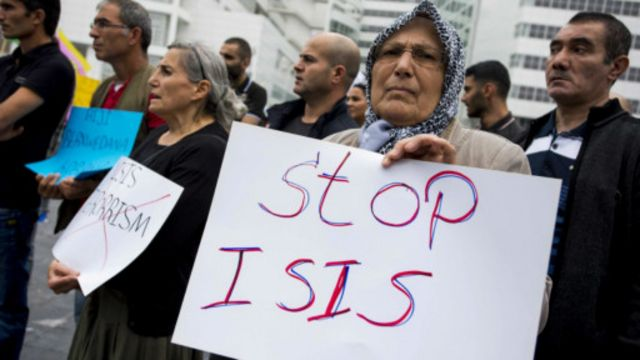 مظاهرة في لاهاي تطالب بالوقوف في وجه تنظيم الدولة الإسلامية
