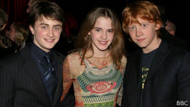 Emma Watson y sus compañeros