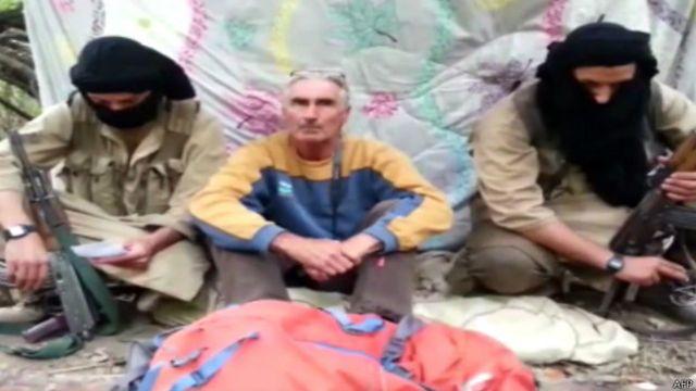 法国旅游者古荷戴尔(Herve Gourdel)周日被阿尔及利亚的激进组织劫持