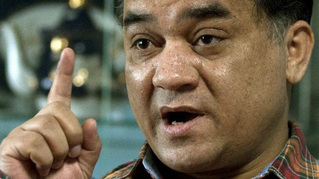 《卫报》载文关注中国倡导和平的维吾尔学者伊力哈木被判无期徒刑。