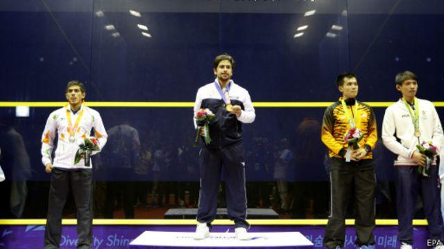 هذه أول ميدالية ذهبية تحصل عليها الكويت في الألعاب الآسيوية.
