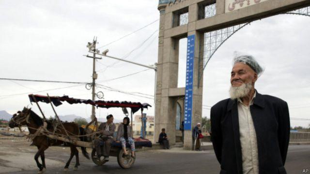 新疆阿克苏地区库车县一景(16/7/2014)