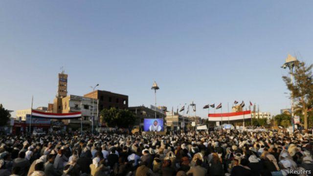 الرئيس هادي حذر من حرب أهلية.