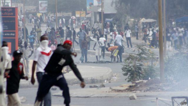 Manifestation d'étudiants sénégalais en février 2012.