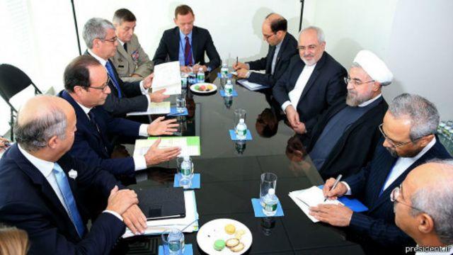 اولاند امیدوار است پس از حل و فصل مساله هستهای روابط فرانسه و ایران گسترش یابد