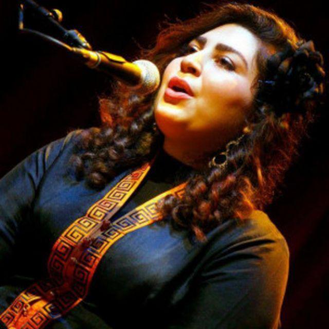 سارا حمیدی متولد و بزرگ شده اصفهان است