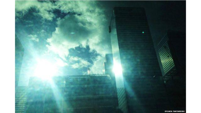 Світло, фото читачів ВВС