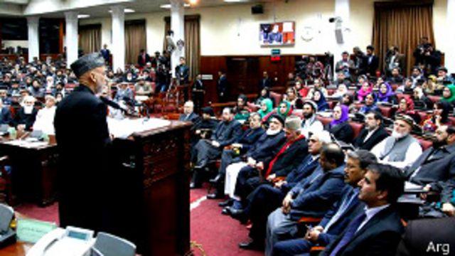 بخشی از روند قانونگذاری عملا در حوزه صلاحیتهای رئیس جمهوری قرار دارد