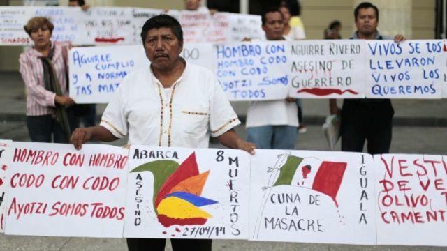 Protesta de maestros por el asesinato de estudiantes en Iguala, Guerrero. Foto: AFP/Getty