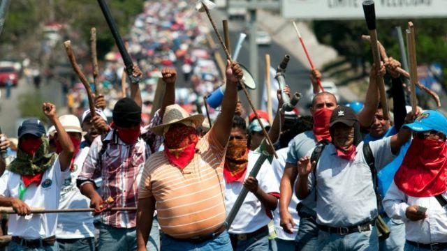 Protesta de maestros en Guerrero. Foto: AFP/Getty