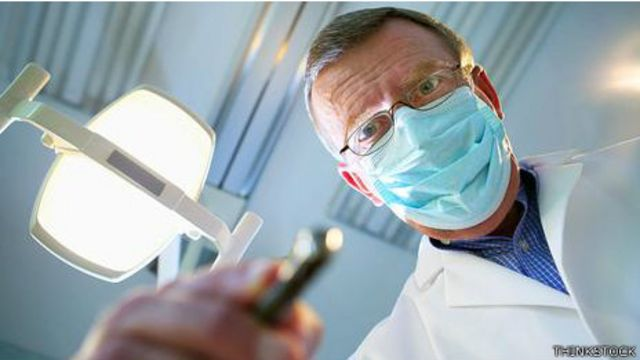 Crianças devem frequentar dentista com mais frequência pois são mais vulneráveis