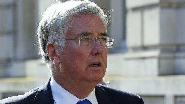 انفردت صنداي تلغراف بحديث خاص مع وزير الدفاع البريطاني مايكل فالون