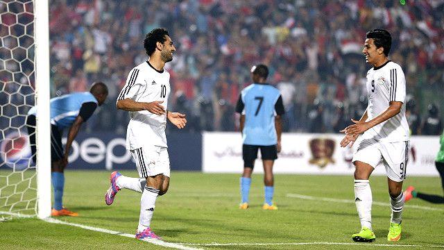 النجم المصري محمد صلاح لم يشارك في المباراة ولا أي من المحترفين