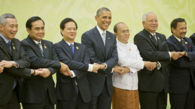Thủ tướng Nguyễn Tấn Dũng cùng các lãnh đạo Asean và Hoa Kỳ trong một kỳ họp năm 2014