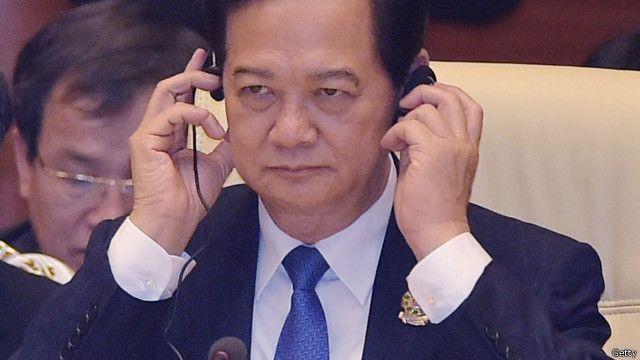 """Economist nhận xét Thủ tướng Nguyễn Tấn Dũng """"thông minh và nhìn đỡ chán nhất"""" trong dàn lãnh đạo Việt Nam"""
