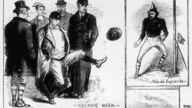 Para el primer partido de fútbol los organizadores eligieron a Glasgow como sede para diferenciarse del rugby, que había jugado un año antes en Edimburgo.
