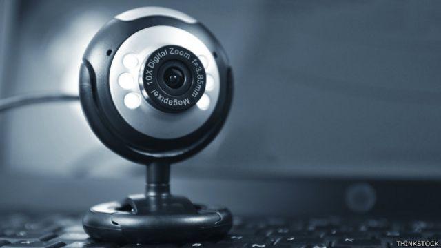 """Uno de los fabricantes de cámaras describió la emisión en vivo como """"una intolerable violación de la privacidad de la gente""""."""
