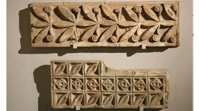 نقشهای تزیینی معماری در دوره پارتیان – موزه باستان شناسی استانبول