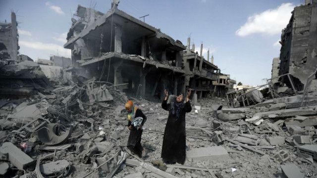 ظفر ٹاور 4 جہاں 44 خاندان آباد تھے، ملبے کا ڈھیر بن گیا