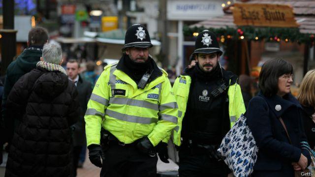 الشرطة البريطانية ترغب في ترحيل بيكسانتيا