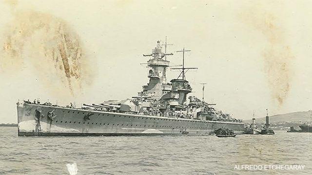 Graf Spee, foto de Alfredo Etchegaray