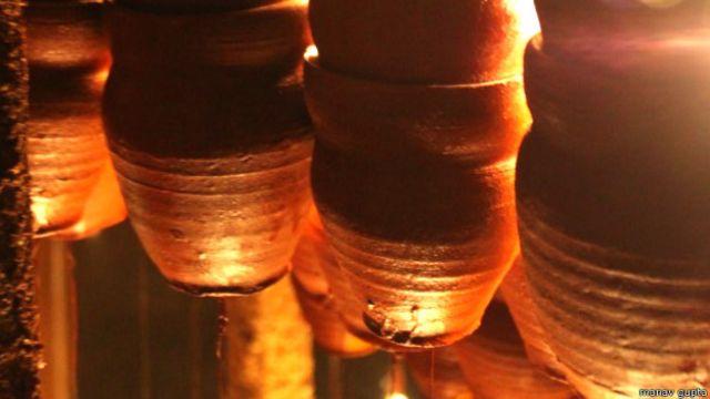 कुल्हड़ से बनी कलाकृति