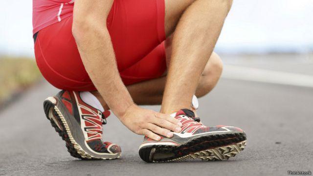 Correr es un ejercicio de alto impacto muy propenso a las lesiones.