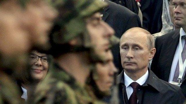 Kinh tế điêu đứng ông Putin thiên về các giải pháp quân sự