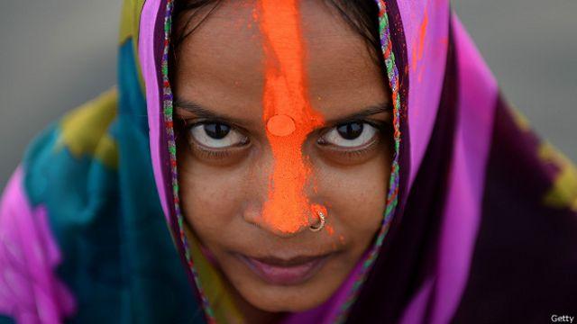 Индуистка накануне праздника Чхат