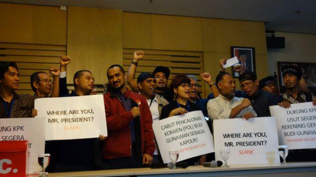 Aktivis anti-korupsi dan relawan Jokowi mendukung langkah KPK