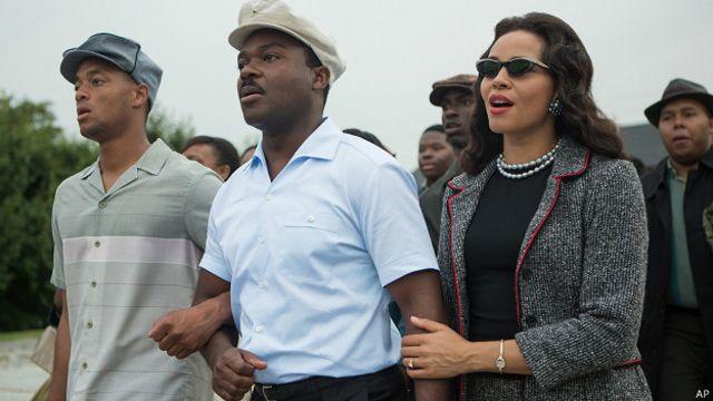 دیوید اویلو در نقض مارتین لوترکینگ و کارمن اجوجو در نقش کورتا، همسرش