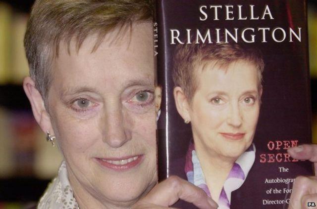 استلا ریمینگتون هنگام رونمایی از زندگینامهاش
