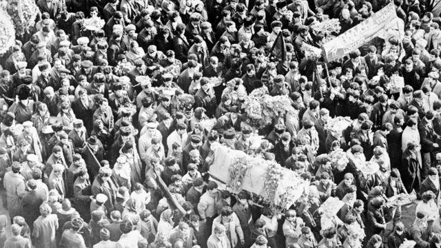 22 yanvar 1990 - 20 Yanvar faciəsində öldürülənlər üçün matəm yürüşü