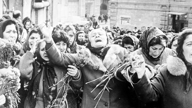 22 yanvar 1990 - 20 Yanvar qurbanlarının dəfn mərasimi