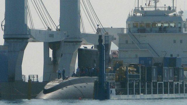Việt Nam đã và đang mua tàu ngầm từ Nga về để phòng vệ