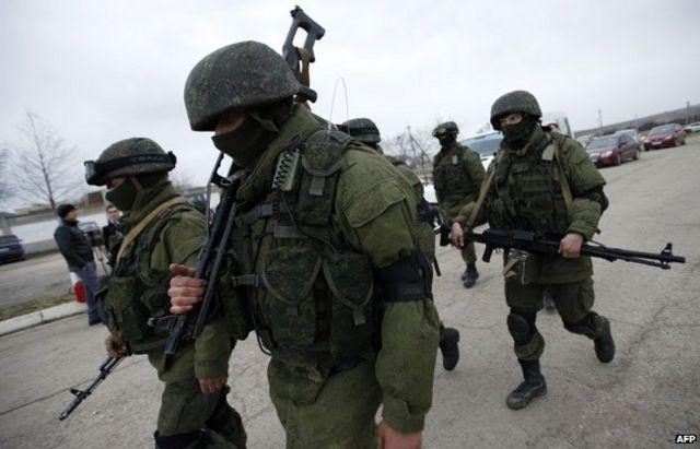 """""""Зеленые человечки"""" в Крыму"""