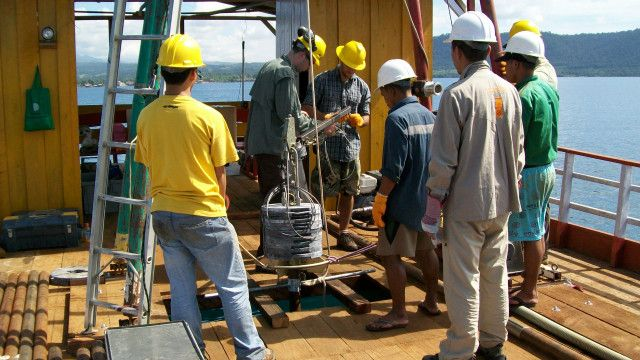 Peneliti di Danau Towuti