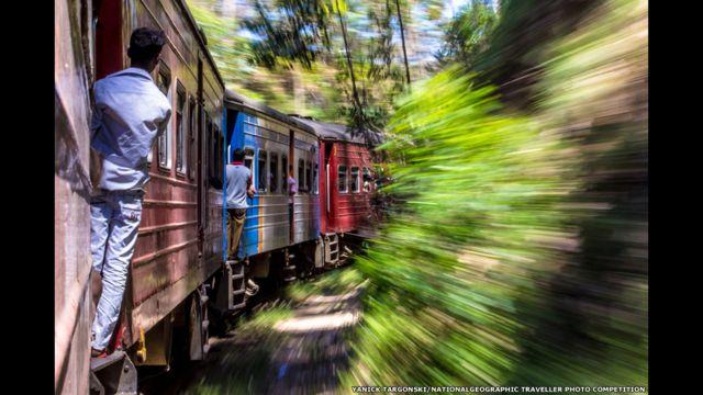 Un viaje de tren en Sri Lanka. Yanick Targonski