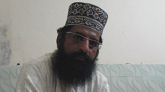 بہاولپور کی ایک مسجد کے خطیب ریاض اویسی پر 25 ہزار جرمانہ ہوا تھا