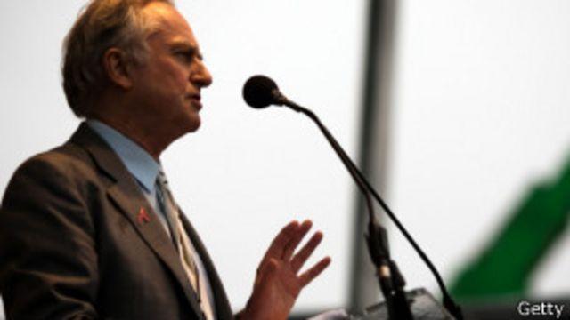"""Ricard Dawkins ha dicho que la religión es """"uno de los mayores males del mundo, comparable con la viruela""""."""